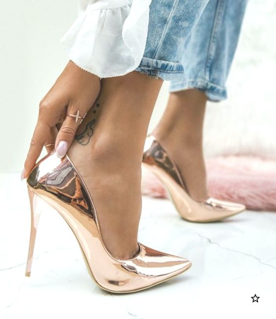 شیکترین مدلهای کفش مجلسی برای دختران